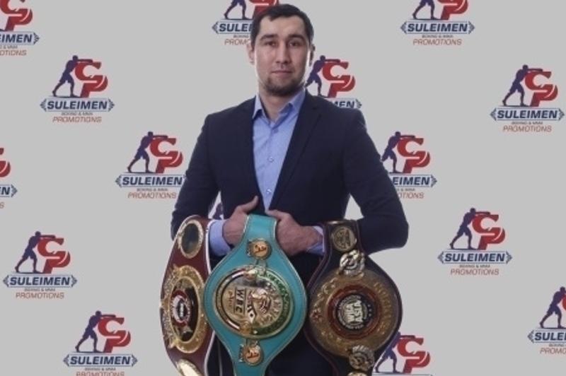 Небитый казахстанский боксер с тремя титулами взлетел в рейтинге WBC после победы нокаутом