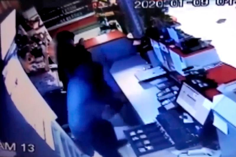 Подробности ограбления АЗС сообщили в Атырау