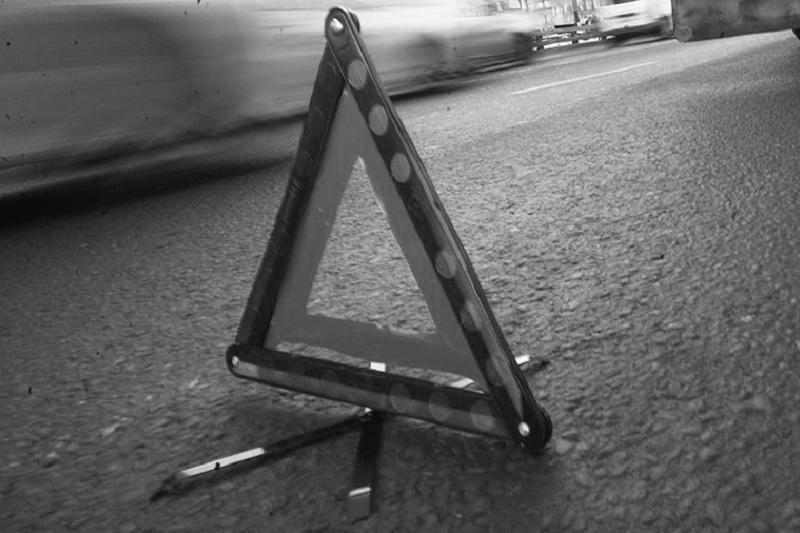 Атырау маңында жол апатынан үш адам қаза тапты