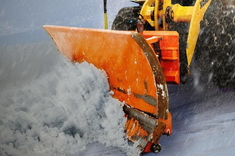 Увеличить количество снегоуборочной техники поручил аким Карагандинской области