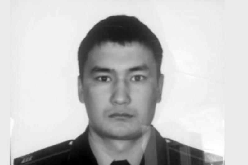 МВД скорбит о трагической гибели полицейского Дархана Базарбаева