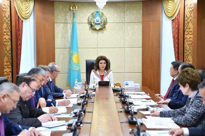 Дариға Назарбаева: Мембағдарламалардың жүзеге асуы сенаторлардың бақылауында болуы тиіс