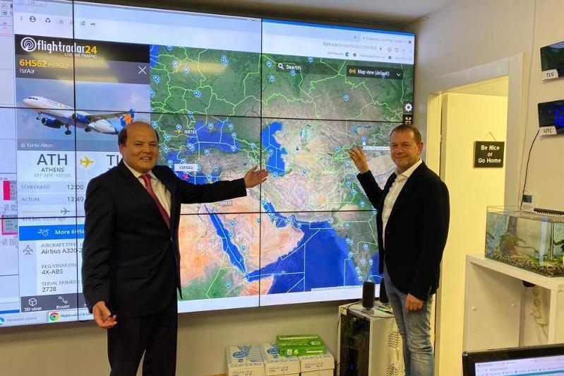 哈萨克斯坦与以色列探讨航空合作