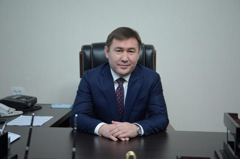 穆拉特•埃铁诺夫被任命为奇姆肯特市市长