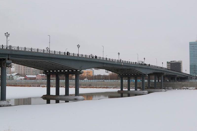 В Атырау вновь откроется закрытый из-за смещения опор Центральный мост