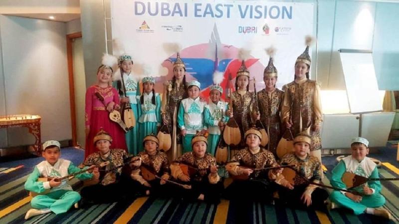 Юные столичные домбристы вернулись с призами из Дубая