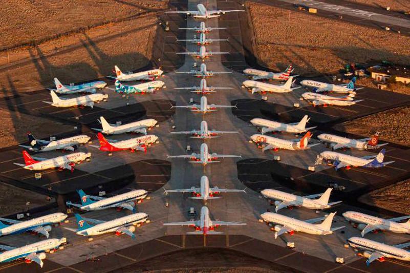 Boeing компаниясы 737 Max ұшағын шығаруды уақытша тоқтатты