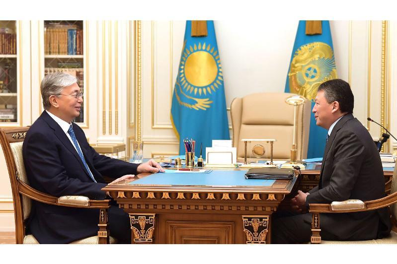 托卡耶夫总统接见阿塔梅肯企业家协会主席