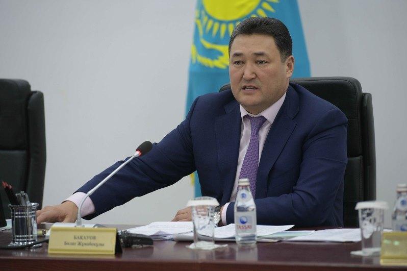 Суд оставил постановление о содержании Булата Бакауова под стражей без изменения