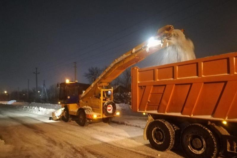 这个冬天首都共清理积雪200多万立方米