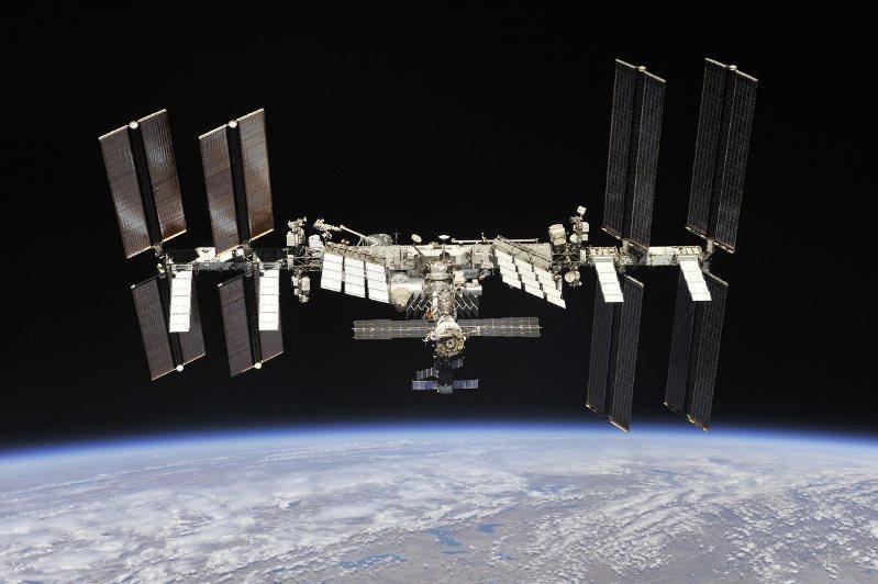 На Земле и в космосе готовятся к возвращению «Союза МС-13»
