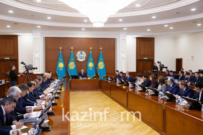 Расширенное заседание Правительства с участием Президента началось в Нур-Султане