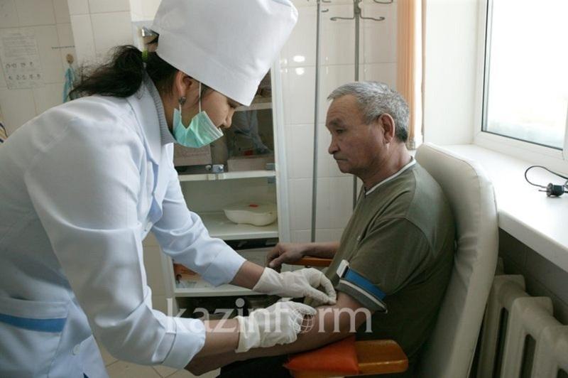 19 крупных медцентров построят в Казахстане до 2026 года