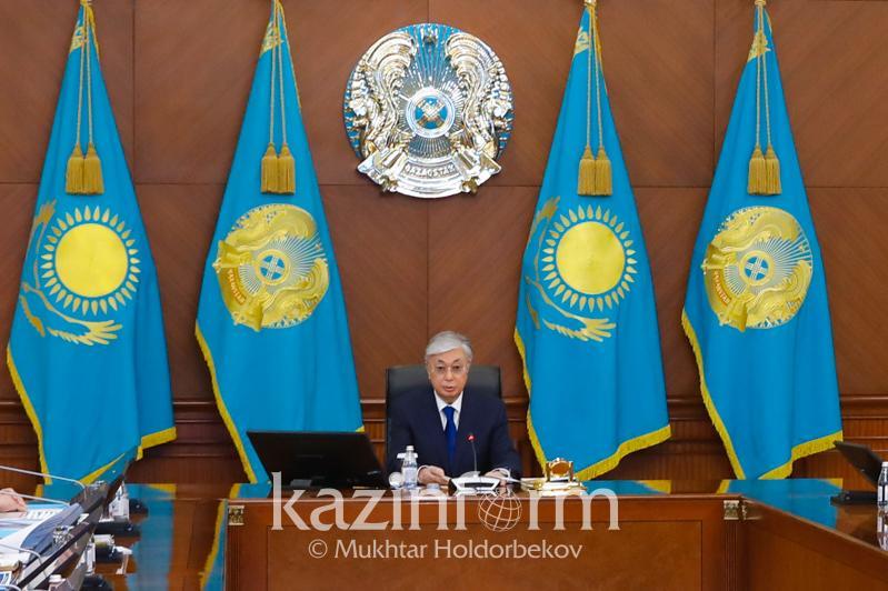 Глава государства поручил сократить финансирование на празднование 175-летия Абая