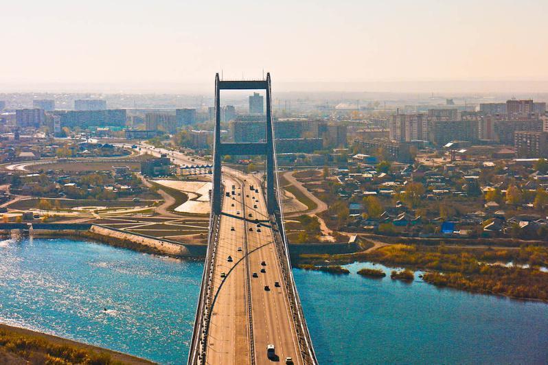 """托卡耶夫总统: 塞梅市将被赋予""""历史名城""""地位"""
