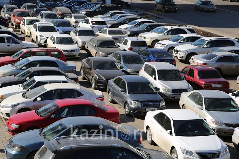 Владельцев автомобилей из стран ЕАЭС обяжут оплатить таможенные пошлины до 1 марта 2021 года