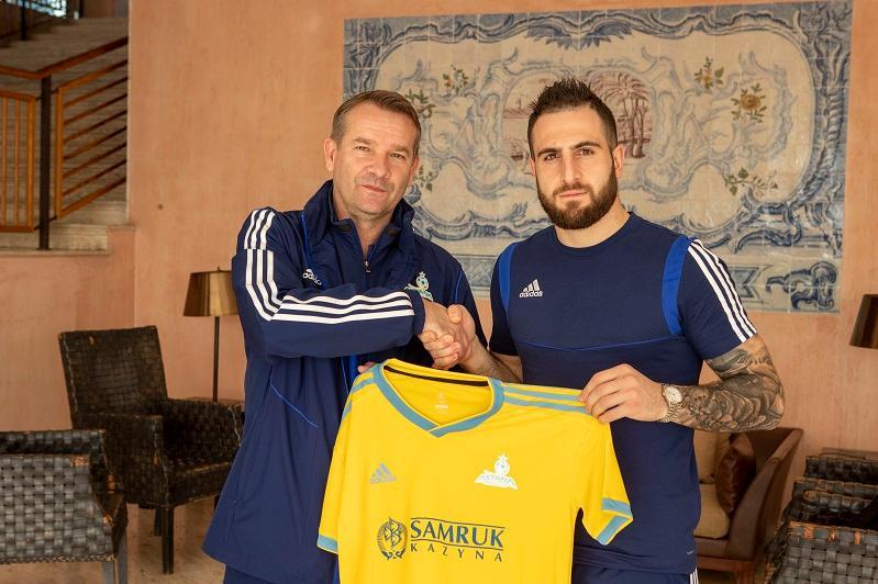 «Astana» quramyna jańa eki fýtbolshy qosyldy