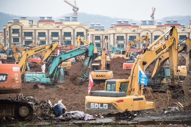 武汉建专门医院救治新型冠状病毒感染的肺炎患者