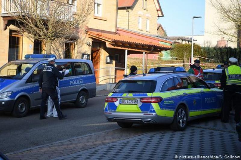 Мужчина убил родителей и еще 4 человек в Германии