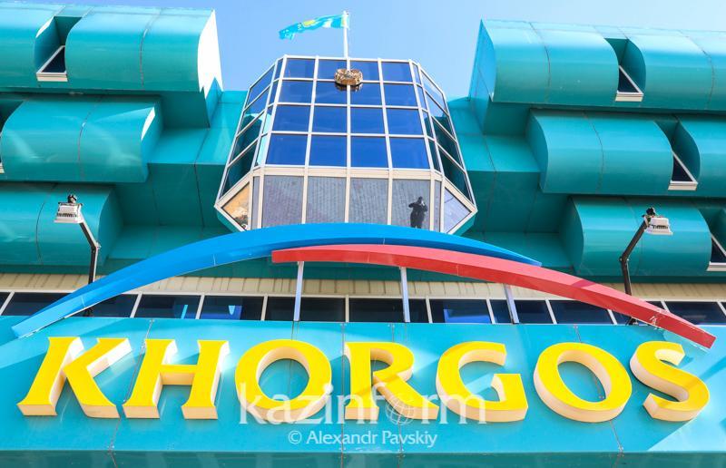 Казахстан приостанавливает работу МЦПС «Хоргос» из-за коронавируса в Китае