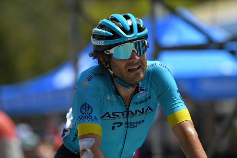 Astana's Boaro takes 3rdatop Willunga Hill at Santos Tour Down Under Stage 6