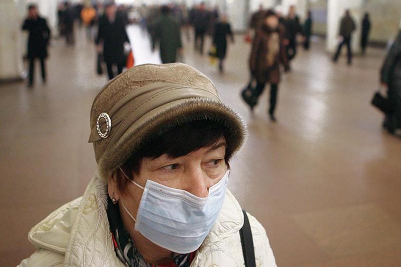 Носить маски требуют от пассажиров поездов, курсирующих между Казахстаном и Китаем
