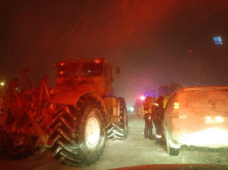 Қарағанды облысы ТЖД қызметкерлері таңға дейін 200-ге жуық адамды құтқарды