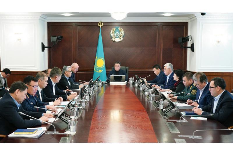 哈萨克斯坦暂停对华72小时过境免签制度 必要时将撤离滞留武汉的哈国公民