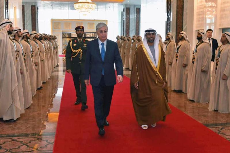 Kazakh President arrives in the UAE