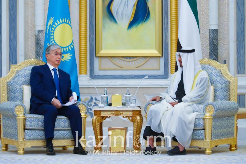 阿布扎比王储:哈萨克斯坦为伊合组织的发展做出了巨大贡献