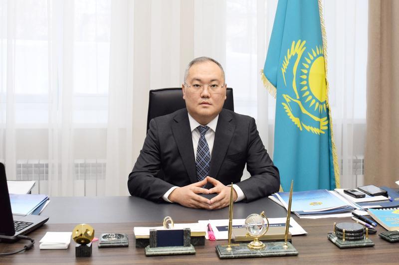 耶利曼诺夫出任财务监督委员会主席