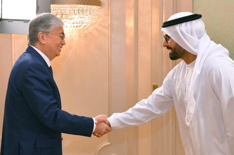 Президенту РК пообещали завершить строительство «Abu Dhabi Plaza» в срок