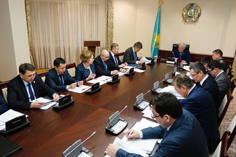 Бердибек Сапарбаев провел заседание МВК по недопущению возникновения и распространения коронавируса в РК