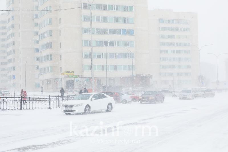 Усиление ветра и метель прогнозируют 28 января в Казахстане