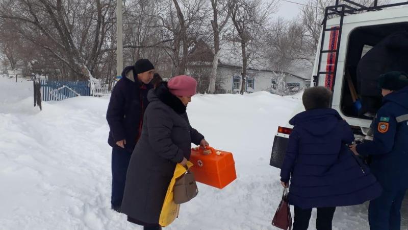 Более 200 человек и 100 автомашин спасены в Актюбинской области