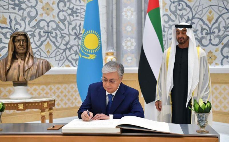 托卡耶夫总统访问阿联酋首日行程视频短片公布
