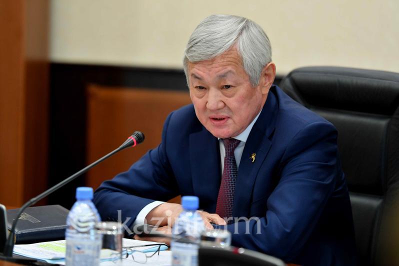 Сапарбаев: Міндетіміз — биыл кемінде 350 мың отбасын жұмыспен қамту