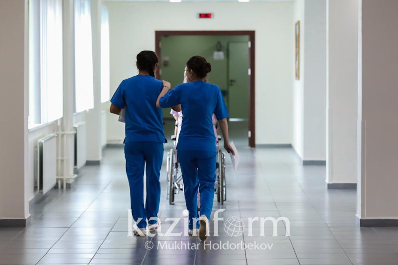 Four arrived in Kazakhstan from China suspected of virus taken to hospital