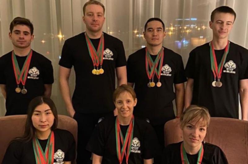 19 медалей на международном первенстве завоевали карагандинские парапловцы