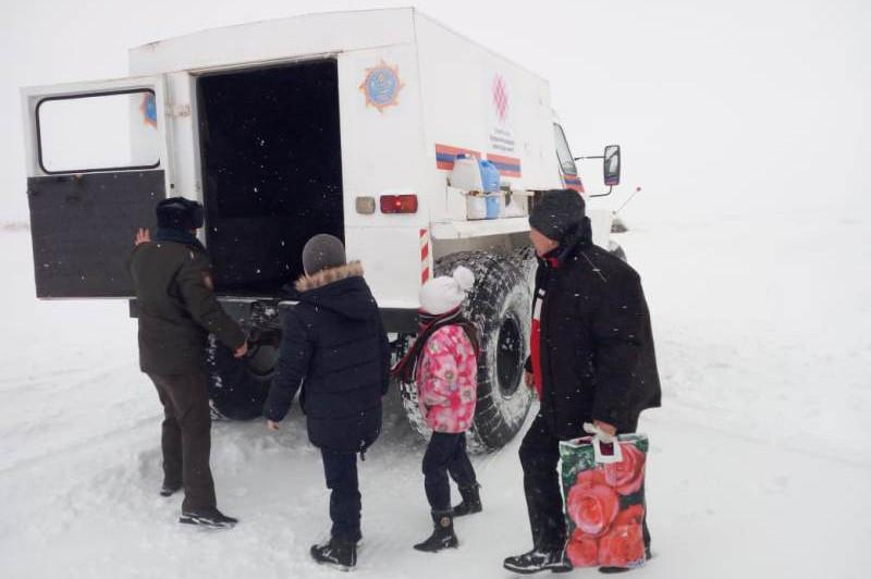 Метель в Актюбинской области: за сутки эвакуировано 148 человек