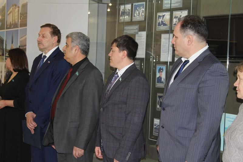 Архивные документы и фото представили на выставке о Холокосте в СКО