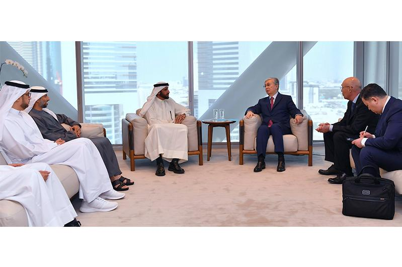 President meets with CEO of Investment Corporation of Dubai