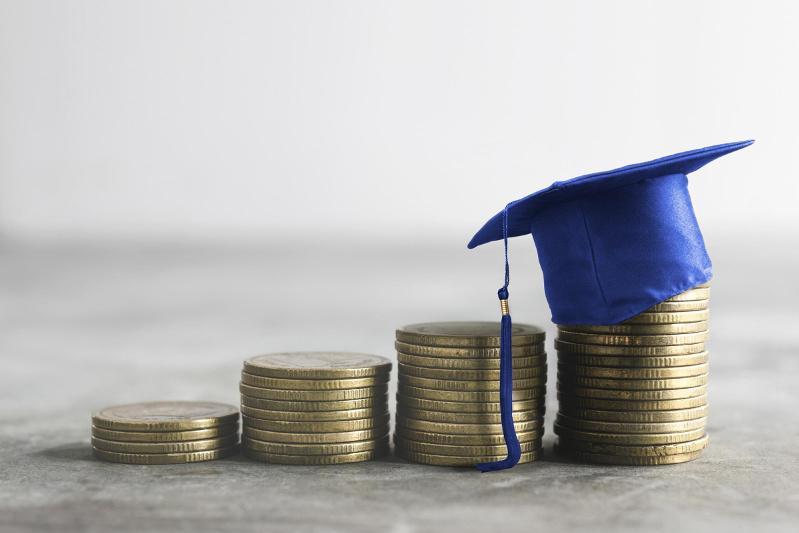 Как казахстанцы смогут использовать пенсионные накопления для оплаты учебы
