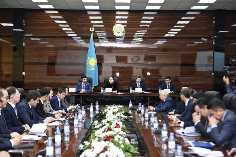 Члены республиканского антикоррупционного штаба встретились с активом Шымкента