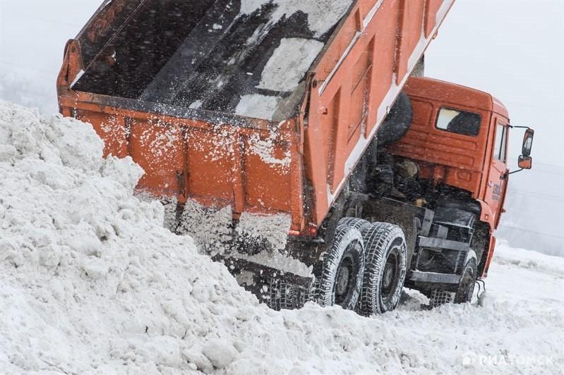 Более 300 тысяч кубометров снега вывезли с улиц Петропавловска