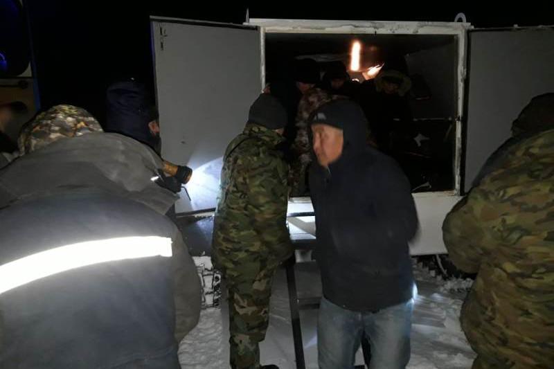 Из снежного плена спасатели Семея эвакуировали более 120 человек