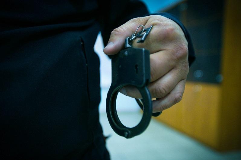 Двое лжеполицейских задержаны в Караганде