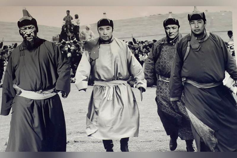 Моңғолдар сирек құбылыс деп атаған ағайынды үш «арыстан»