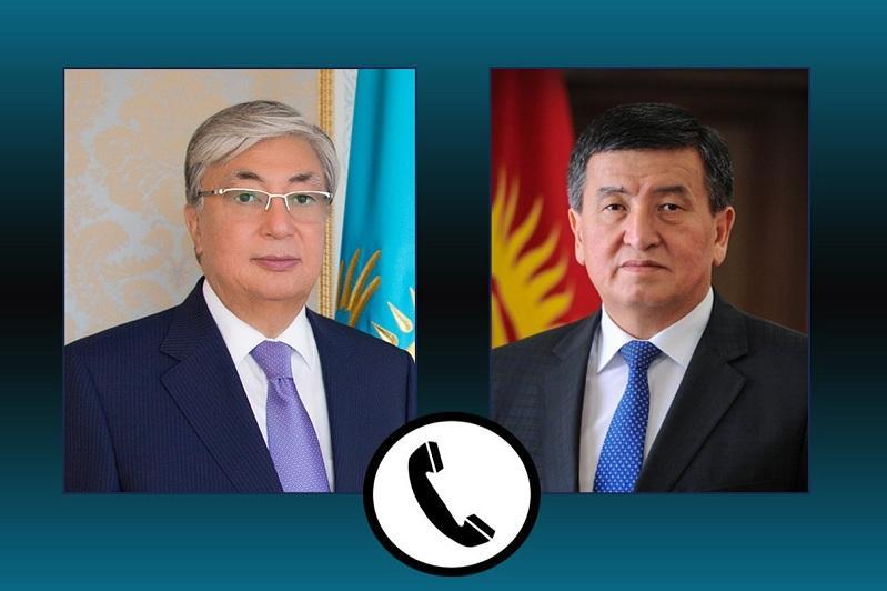 Касым-Жомарт Токаев провел телефонный разговор с Сооронбаем Жээнбековым