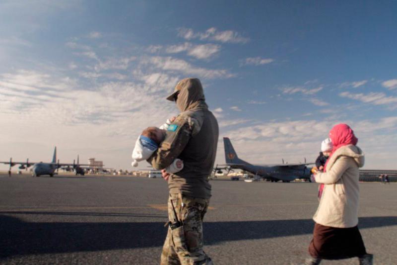 """""""朱桑""""人道主义救援行动四阶段总计从冲突地区接回595人"""